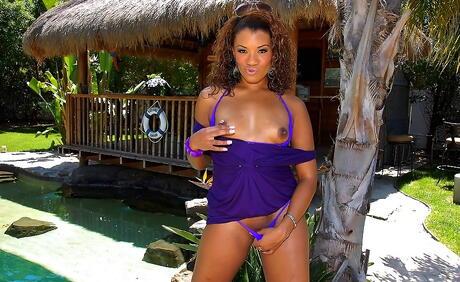 Ebony Babes Pictures