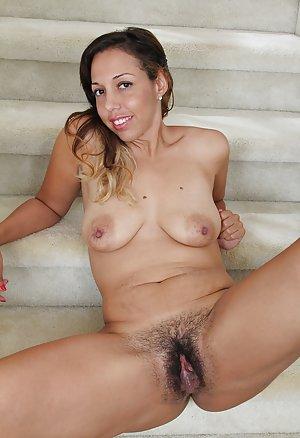 Big Ebony Nipples Pictures