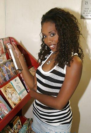 Ebony Teen Pictures